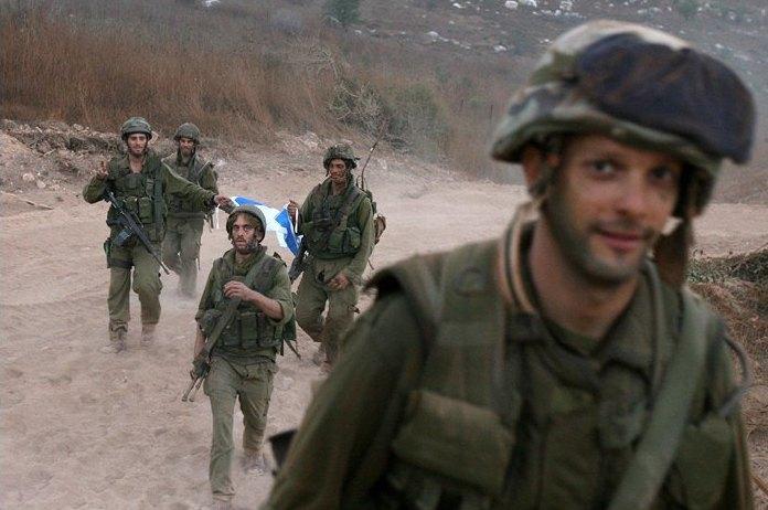 Объективный взгляд: 10 современных военных фотографов . Изображение № 22.