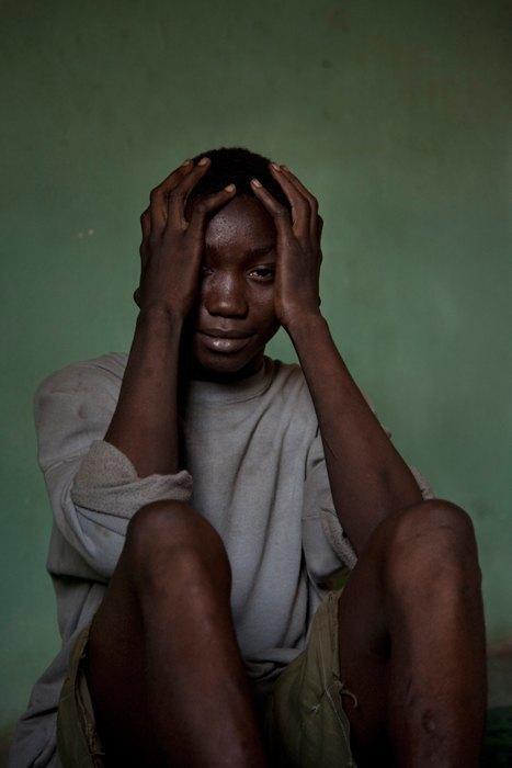 Как подростки Сьерра-Леоне годами живут в тюрьме в ожидании суда по их делу. Изображение № 28.