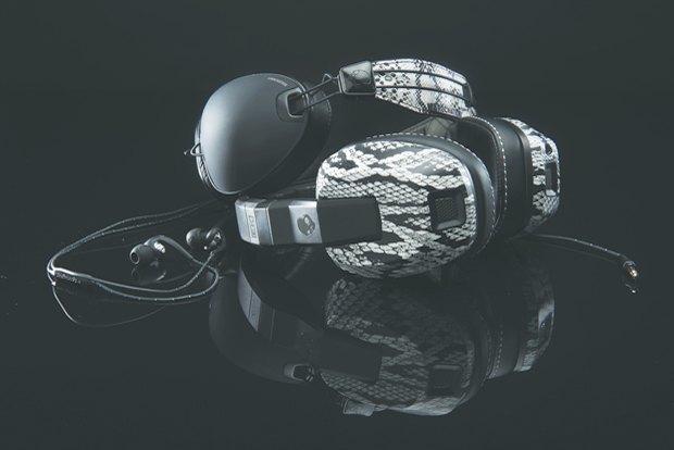 Скейтбордист Эрик Костон и марка Skullcandy выпустили совместную линейку наушников. Изображение № 9.