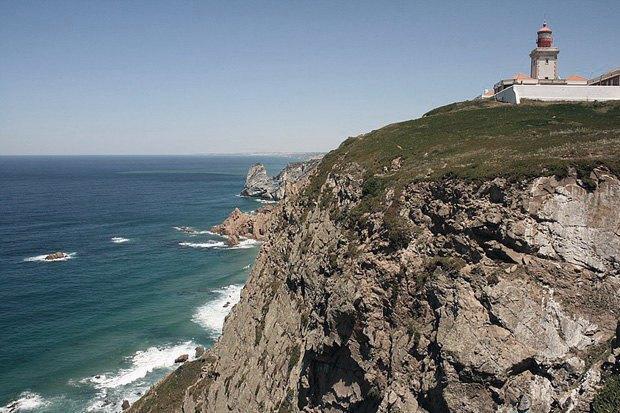 Поляки сорвались с 80-метровой скалы, делая селфи. Изображение № 1.