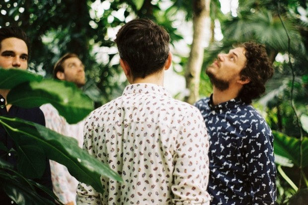 Марка A Kind of Guise выпустила лукбук новой коллекции рубашек. Изображение № 10.