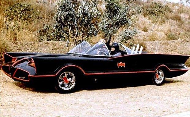 Самый первый Бэтмобиль ушел с аукциона за 4,6 миллиона долларов. Изображение № 8.