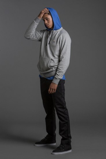 Марка The Hundreds опубликовала лукбук осенней коллекции одежды . Изображение № 11.