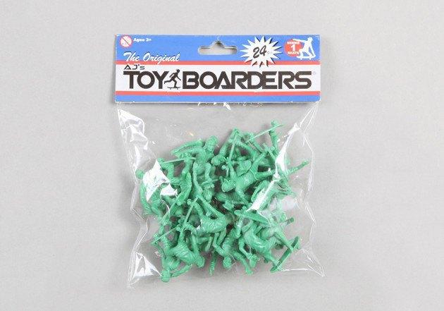 Американский производитель солдатиков выпустил игрушечных скейтеров. Изображение № 5.