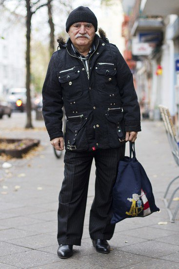 Харизматичный турок Али каждый день демонстрирует новый лук в блоге на Tumblr. Изображение № 3.