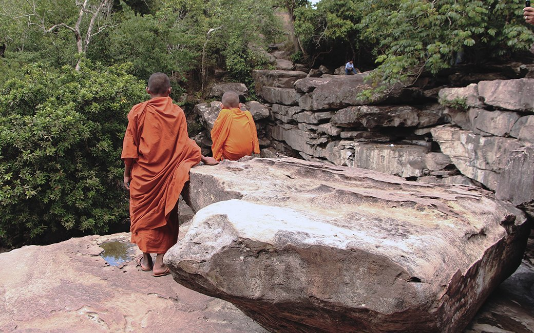 Две девушки и один мотоцикл: Путешествие по Камбодже. Изображение № 13.