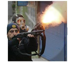 Казаки-разбойники: Что используют для борьбы разные стороны столкновений в Турции. Изображение № 3.