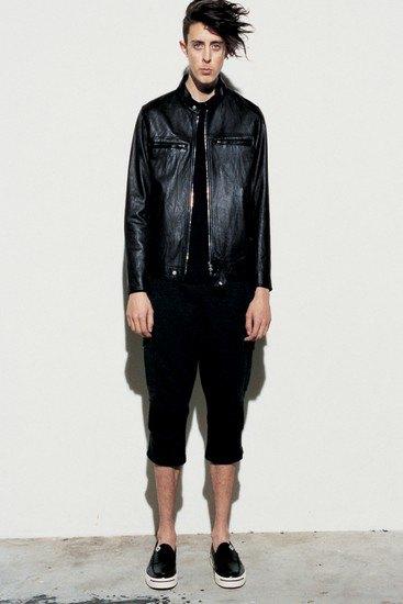 Марка Sophnet опубликовала лукбук весенней коллекции одежды. Изображение № 16.