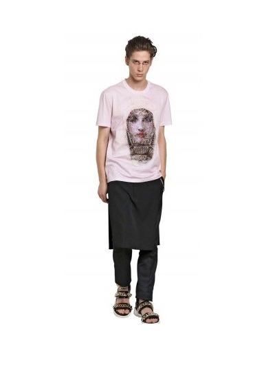 Givenchy выпустили коллекцию футболок с изображением Мадонны. Изображение № 29.
