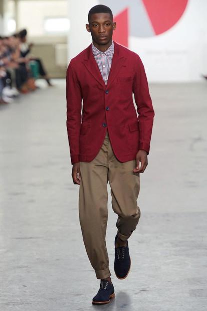 Марка Oliver Spencer выпустила летнюю коллекцию одежды. Изображение № 1.