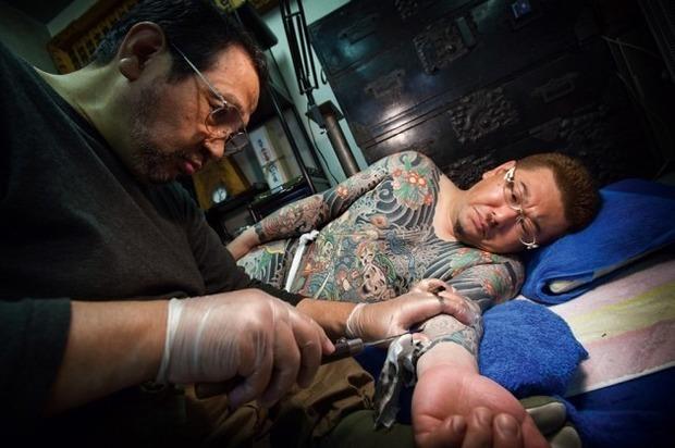 Вышла книга о традиционных японских татуировках. Изображение № 4.