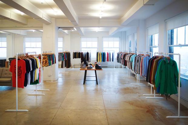 Американская марка Saturdays Surf NYC выпустила превью весенней коллекции одежды. Изображение № 2.