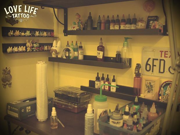 Репортаж из нового помещения Love Life Tattoo. Изображение № 8.