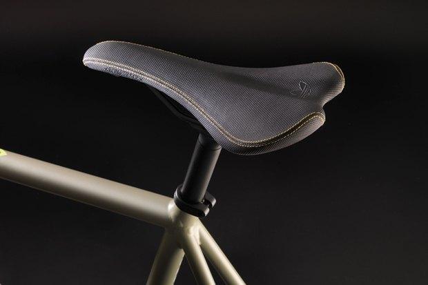 Марки Adidas и Bombtrack представили совместную модель велосипеда. Изображение № 4.