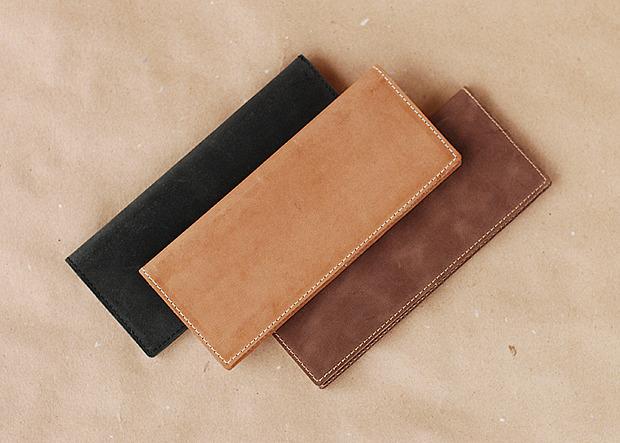 Московская марка бабочек и галстуков Chehov выпустила коллекцию кожаных изделий. Изображение № 9.