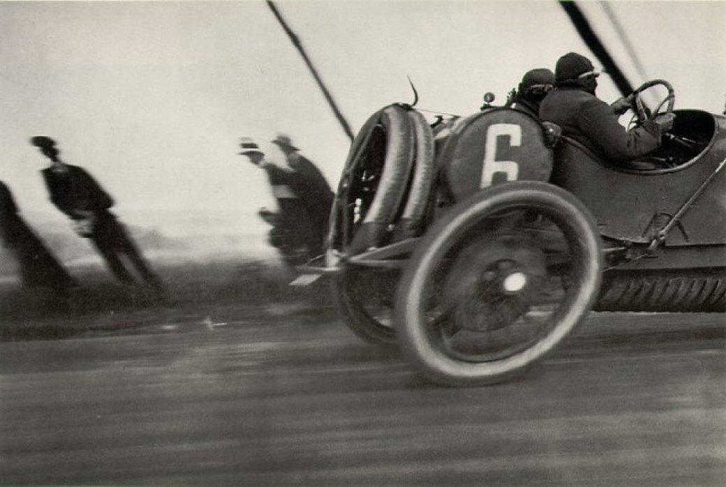 Sports illustrated: Истории 13 культовых фотографий из мира спорта. Изображение № 1.