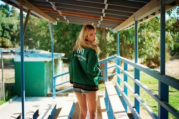 Марка Neighborhood и журнал Dice Magazine выпустили совместную коллекцию одежды . Изображение № 3.