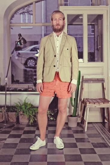 Марка Uniforms for the Dedicated опубликовала лукбук весенней коллекции одежды. Изображение № 14.