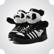 10 самых спорных моделей кроссовок 2011 года. Изображение № 3.