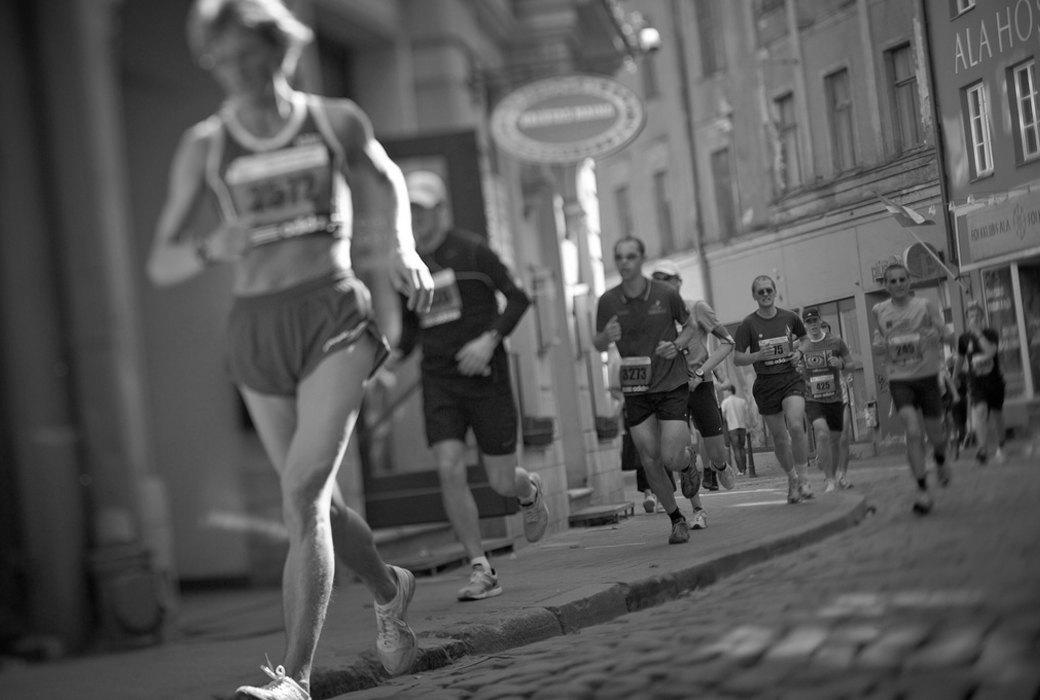 Как кроссовки испортили спортивные результаты бегунов и ещё несколько феноменов любительского бега. Изображение № 5.