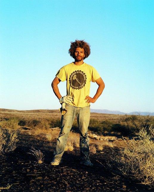 Как развлекаются посетители фестиваля Burning Man в африканской пустыне. Изображение № 27.