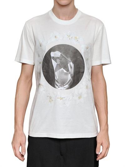 Givenchy выпустили коллекцию футболок с изображением Мадонны. Изображение № 17.