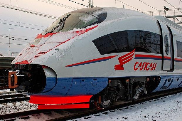 Москвичи добрались до Санкт-Петербурга на крыше скоростного поезда «Сапсан». Изображение № 1.