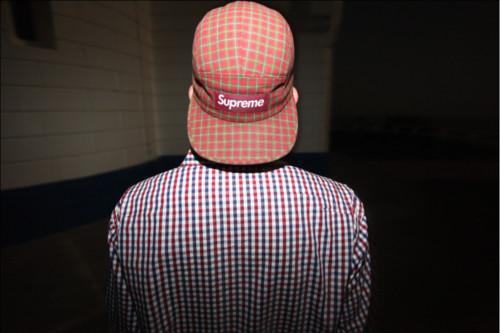 Кепки Supreme предпочитают хип-хоп-звезды новой эры — к примеру, Тайлер из Odd Future. Изображение № 29.