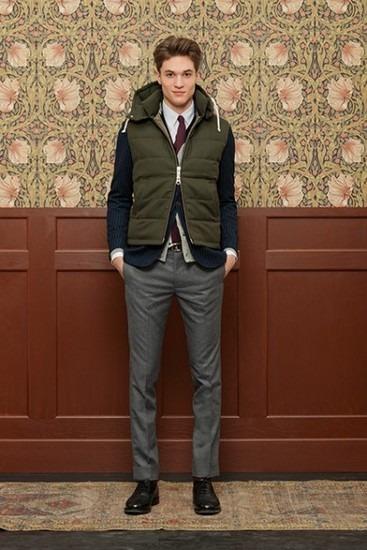 Марка Gant Rugger выпустила лукбук новой коллекции одежды своей линейки Holiday. Изображение № 7.