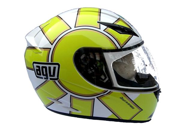 Шлем Valentino Rossi AGV VR46. Изображение № 20.