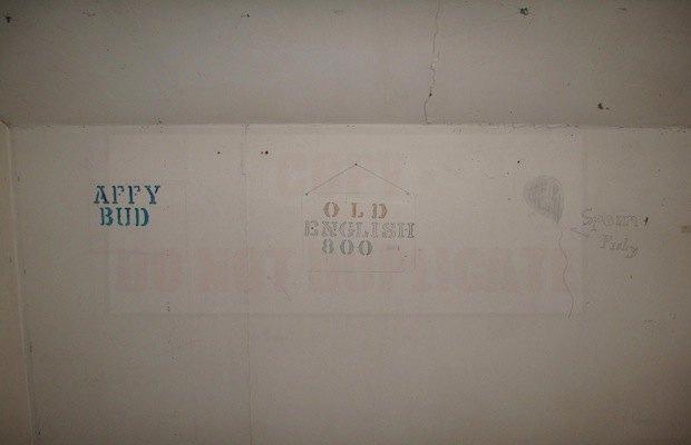 Дом с рисунками Курта Кобейна выставят на продажу. Изображение № 5.