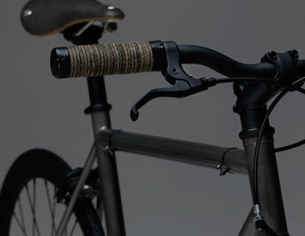 Марка James Perse представила велосипед для пригородных поездок. Изображение № 4.