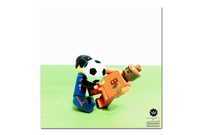 Малайзиец воссоздал исторические моменты футбольных чемпионатов из LEGO. Изображение № 2.