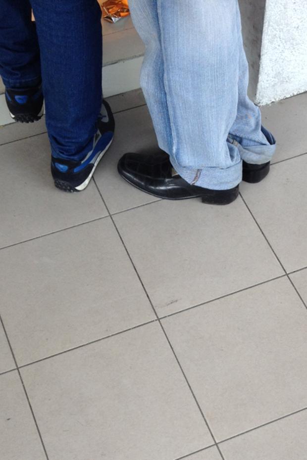Jeans and Sheuxsss: Еженедельные обзоры худших сочетаний обуви и джинсов. Изображение № 14.
