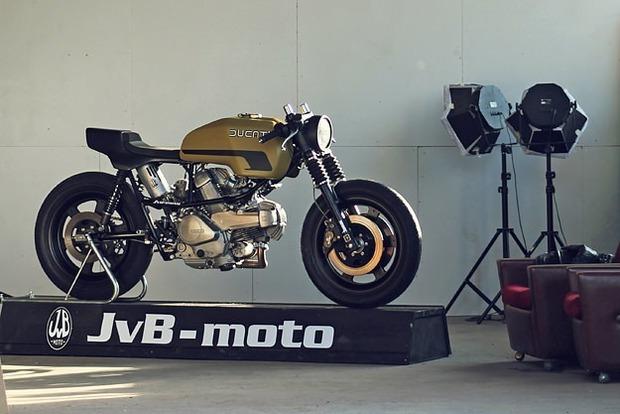 Немецкая мастерская JvB-moto выпустила каферейсер на основе Ducati Pantah. Изображение № 4.