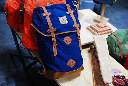 Шведская марка Fjällräven представила новые рюкзаки и сумки. Изображение № 1.
