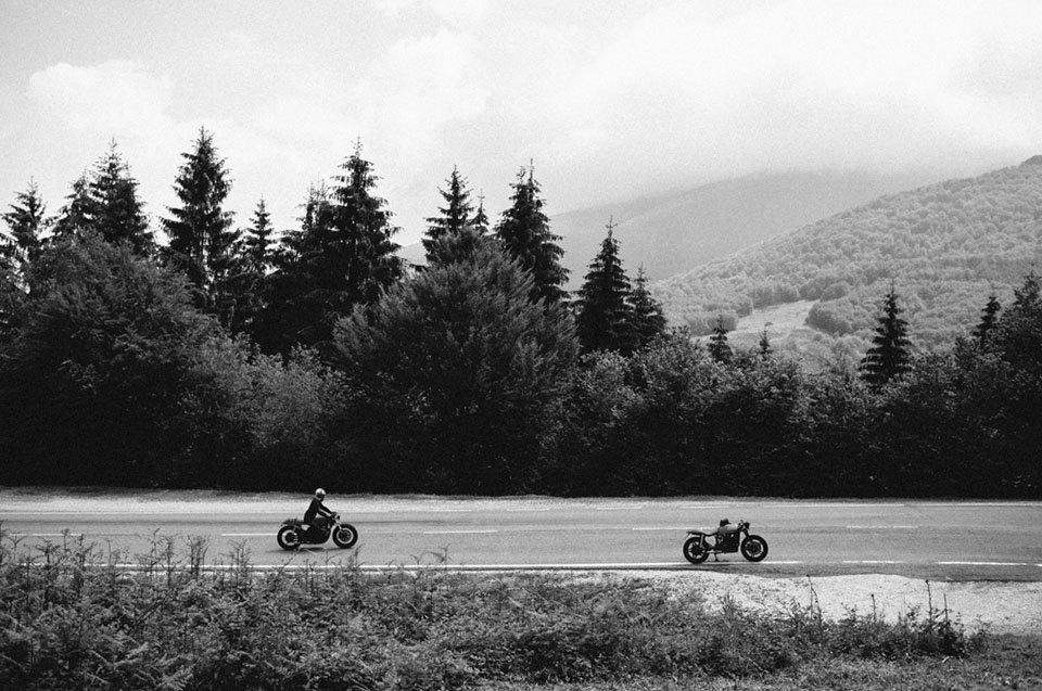 Фоторепортаж с мотоциклетного фестиваля Wheels & Waves. Изображение № 45.