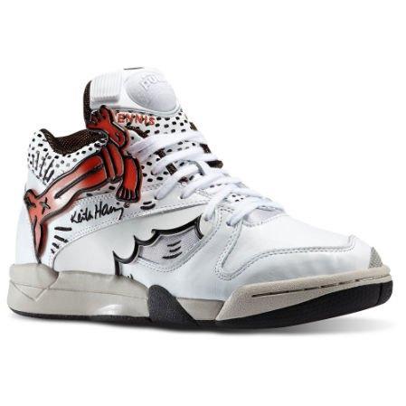 Reebok Classic выпустили новые кроссовки с рисунками Кита Харинга. Изображение № 7.