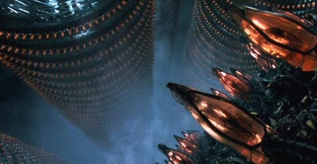 Кадр из фильма «Матрица»: машины используют людей как источник электроэнергии. Изображение № 2.