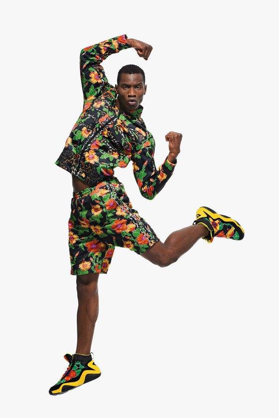 Adidas Originals и Джереми Скотт выпустили лукбук новой коллекции. Изображение № 8.