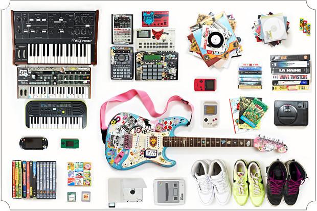 Личный состав: Любимые предметы из коллекции Саши DZA, музыкального продюсера. Изображение № 2.