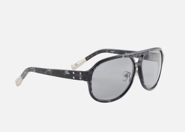Дизайнер Крис Ван Аш выпустил летнюю коллекцию солнцезащитных очков. Изображение № 6.