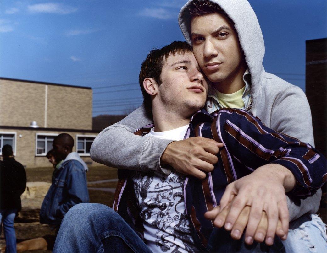Нежный возраст: Подростки-гомосексуалы в фотопроекте Майкла Шарки. Изображение № 9.