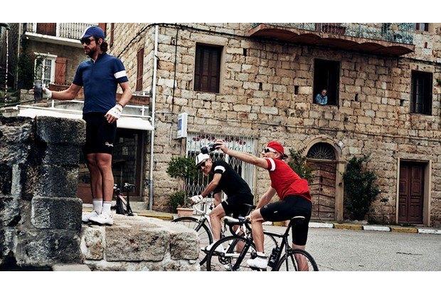 Велосипедная марка Rapha опубликовала весенний лукбук. Изображение № 19.
