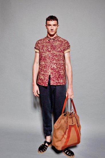 Марка YMC опубликовала лукбук весенней коллекции одежды. Изображение № 14.