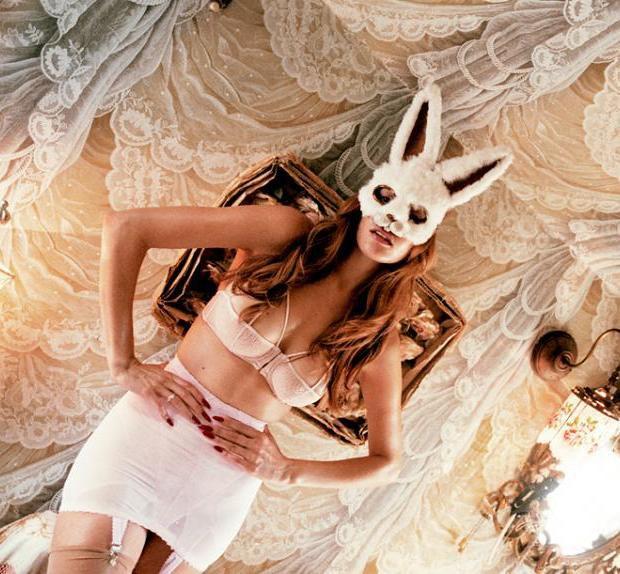 Модель Оливия Гарсон снялась в рекламе нижнего белья Coco De Mer. Изображение № 17.