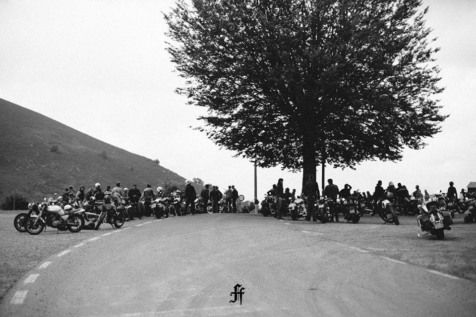 Фоторепортаж с мотоциклетного фестиваля Wheels & Waves. Изображение № 48.