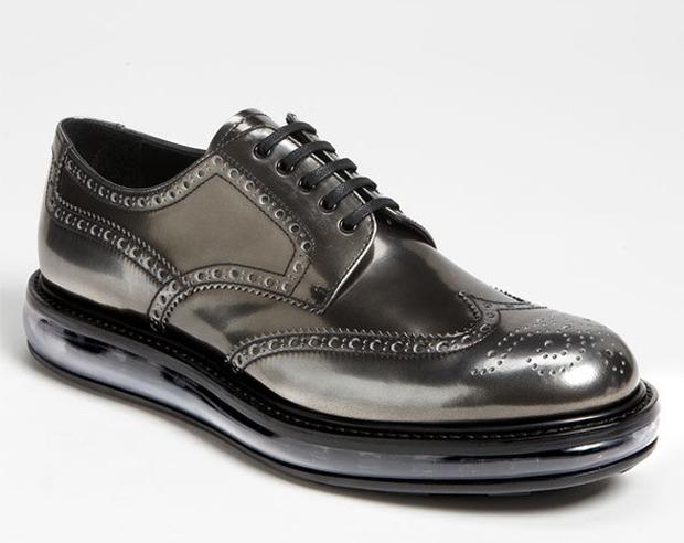 Как классическую обувь поставили на спортивную подошву и стоило ли это делать. Изображение № 7.
