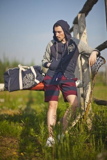 Магазин Preppy Store выпустил лукбук новой коллекции одежды. Изображение № 2.
