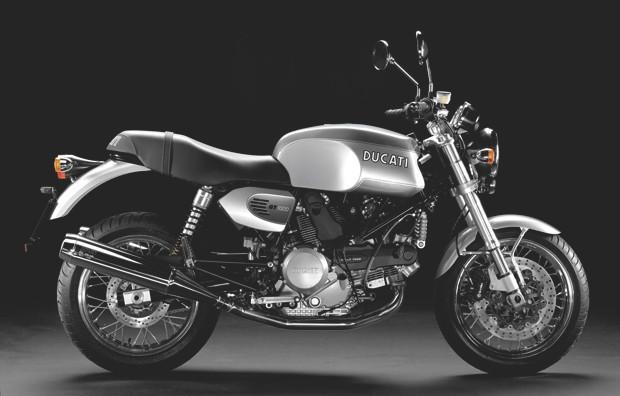 Так выглядел этот мотоцикл до превращения в каферейсер. Изображение №7.